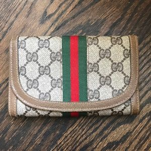 100% Authentic Vintage Gucci Wallet